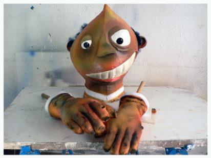 cabezaybrazosdegigante 412x308 - Marionetas