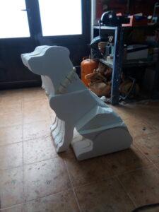 IMG 20190802 124803 225x300 - Perro Labrador. Realizado en poliespan y fibra de vidrio.