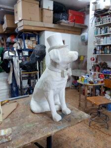 IMG 20190822 195750 225x300 - Perro Labrador. Realizado en poliespan y fibra de vidrio.