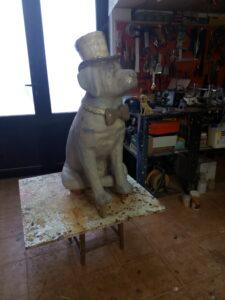 IMG 20190828 094512 225x300 - Perro Labrador. Realizado en poliespan y fibra de vidrio.