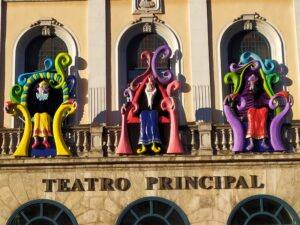 IMG 20191230 095222 1 e1578330829464 300x225 - Ya tenemos nuevos Reyes en el Teatro Principal