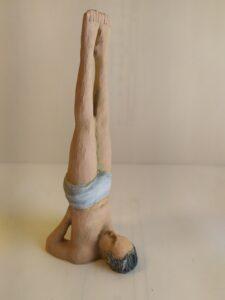 IMG 20200524 112957 e1590419311321 225x300 - Figuras de Yoga. Sirsásana, Alásana, Virásana y Sarvangásana. Resina de Poliuretano 18cm