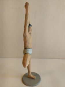 IMG 20200524 113455 e1590419074462 225x300 - Figuras de Yoga. Sirsásana, Alásana, Virásana y Sarvangásana. Resina de Poliuretano 18cm