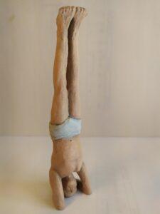IMG 20200524 113741 e1590419621656 225x300 - Figuras de Yoga. Sirsásana, Alásana, Virásana y Sarvangásana. Resina de Poliuretano 18cm